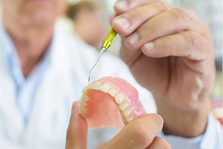 Signature Smiles-Kenyon Oyler DDS-Meridian Dentist-dentures